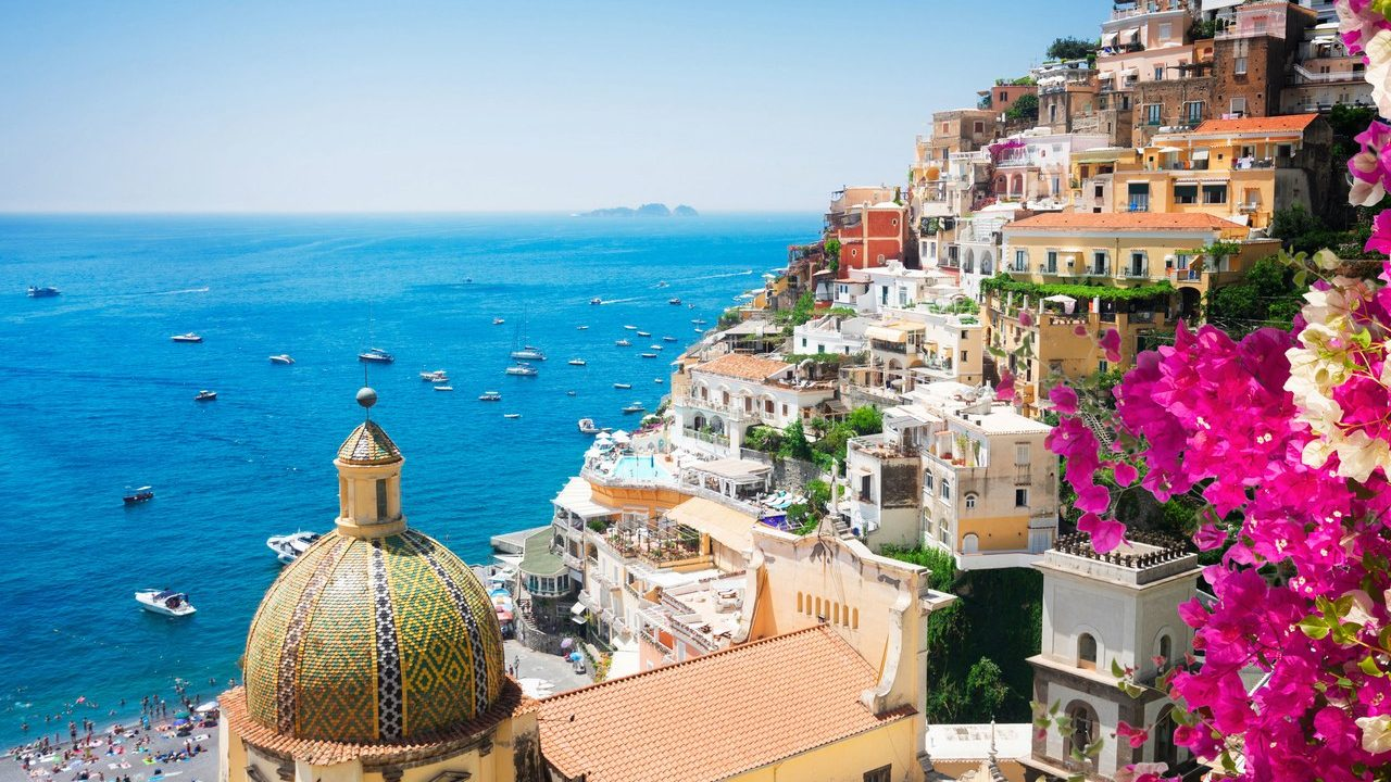 https://blog.neterra.tv/wp-content/uploads/2019/07/00-story-image-amalfi-coast-italy-travel-guide-1280x720.jpg