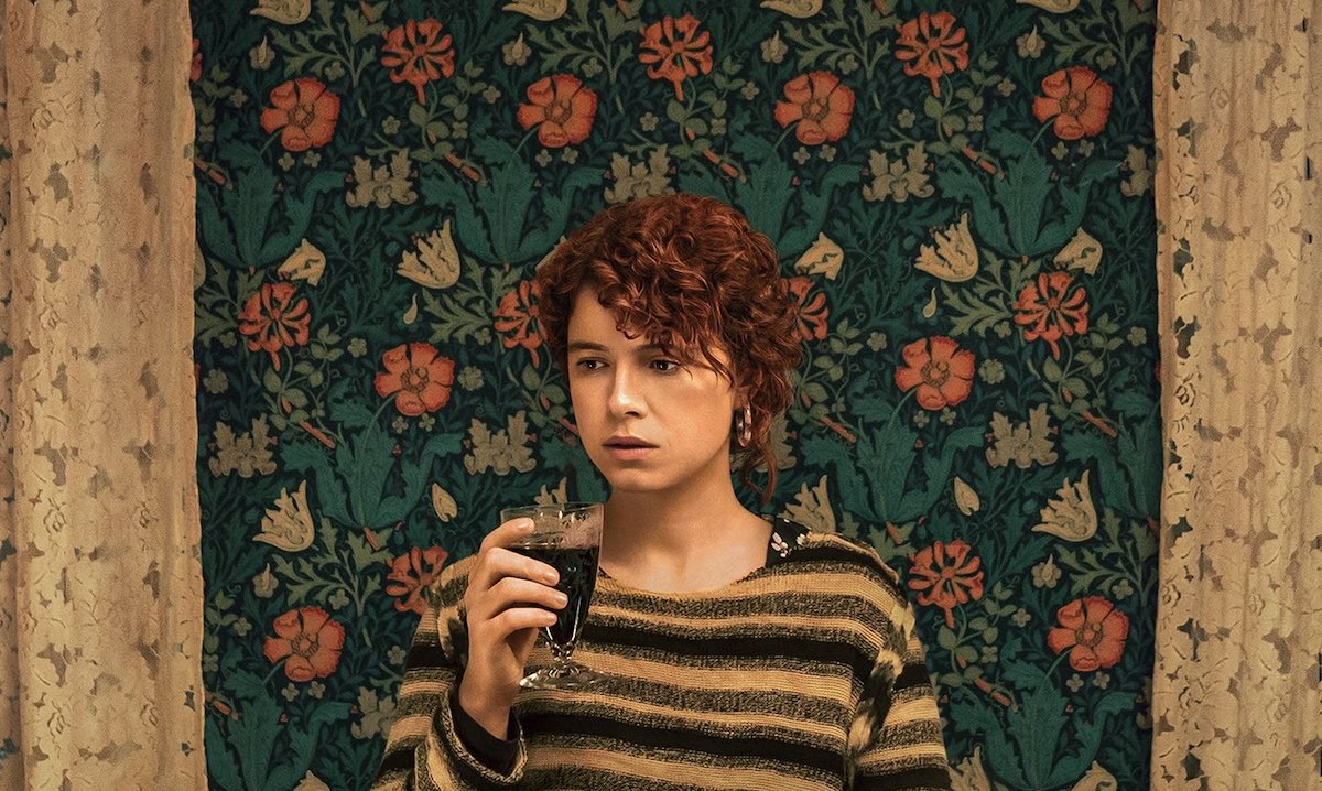 https://blog.neterra.tv/wp-content/uploads/2020/09/im-thinking-of-ending-things-poster-jessie-buckley-social.jpeg